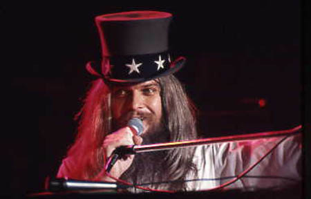 https://i1.wp.com/www.furious.com/perfect/graphics/leonrussell-1973.jpg?w=474