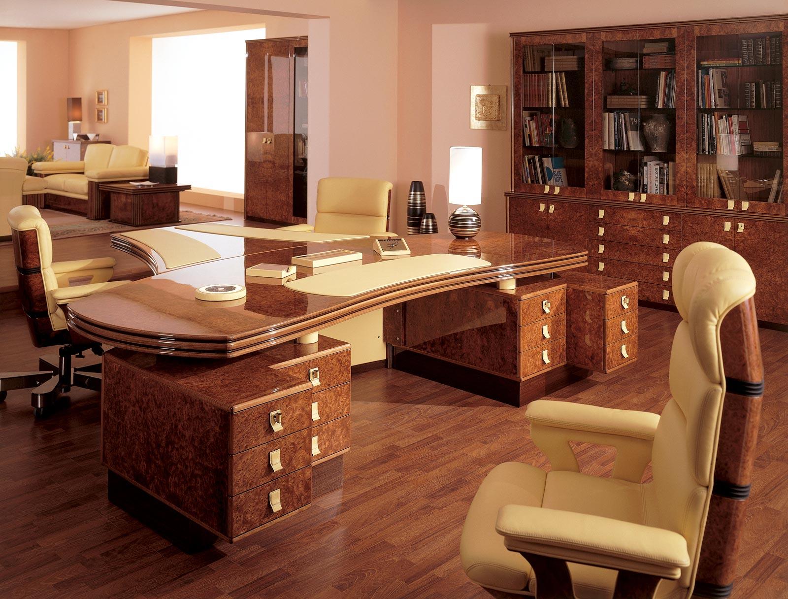 Scrivanie in legno o in vetro, boiserie, cassettiere e armadi librerie. Uffici Dirigenziali E Presidenziali Di Lusso R A Mobili