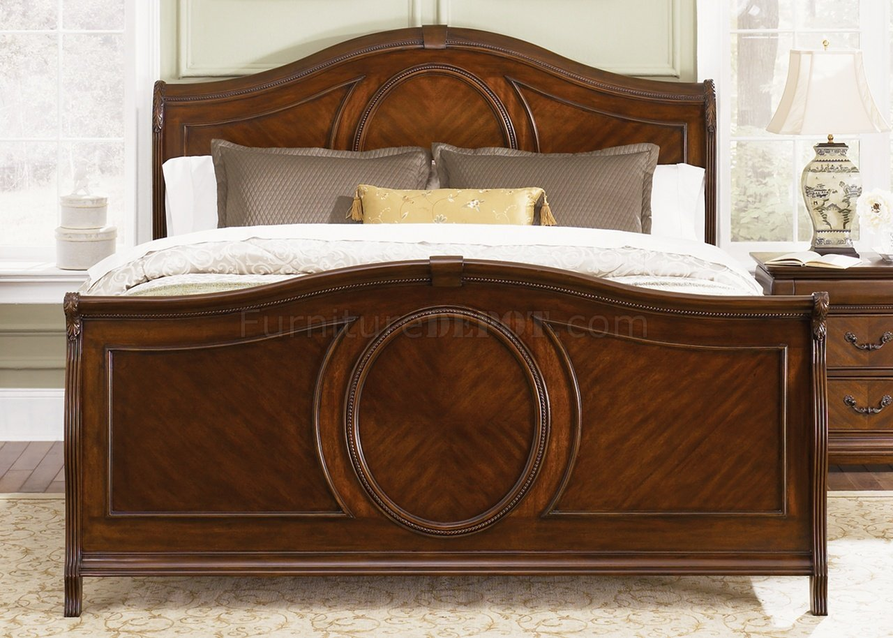 Cognac Finish Classic Sleigh Bed w/Optional Case Goods on Cognac Leather Headboard  id=85231