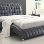 Flora Tufted Bed In Black By American Eagle