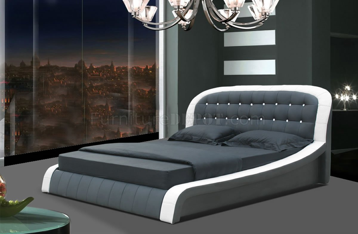 White Amp Black Leatherette Modern Bed WButton Tufted Headboard