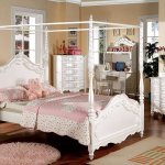 Cm7519 Victoria Kids Bedroom In Pearl White W Canopy Bed