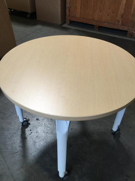 Used Office Conference Tables Mobile Round Tables Teknion White 36 At Furniture Finders