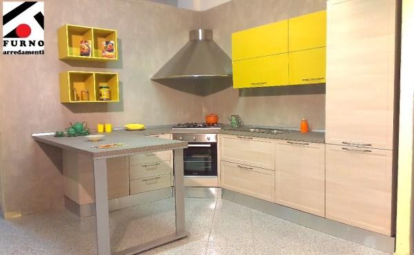 Imab Group - cucina modello Amalfi, ml. 3,15 x 2,55 con penisola completa di lavastoviglie. Sconto 63%