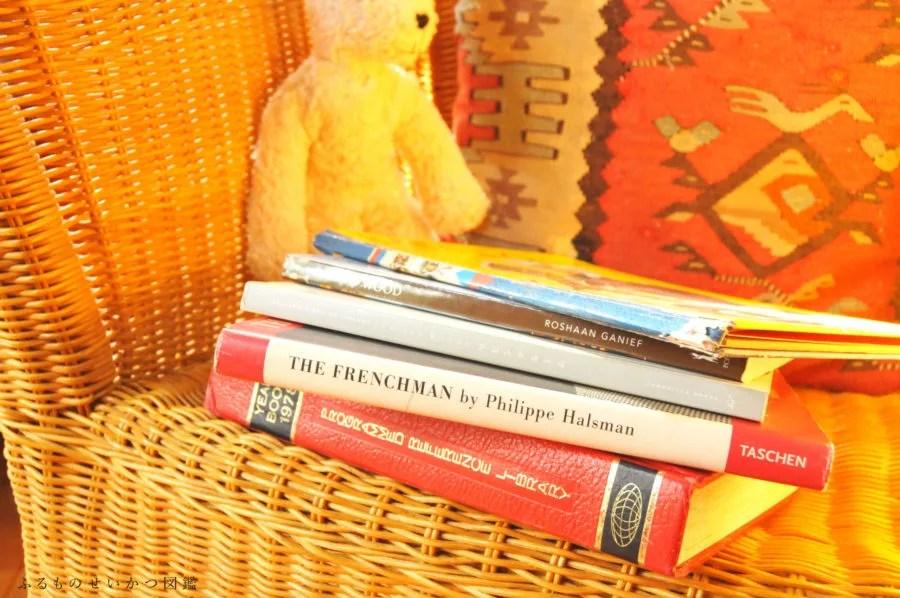 DIY棚と中古品の本たち