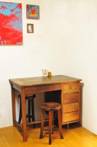 リサイクルショップで4500円の机