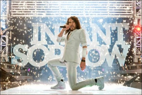 https://i1.wp.com/www.fushionmag.com/wp-content/uploads/2010/02/get-him-to-the-greek-russell-brand-movie-500x333.jpg
