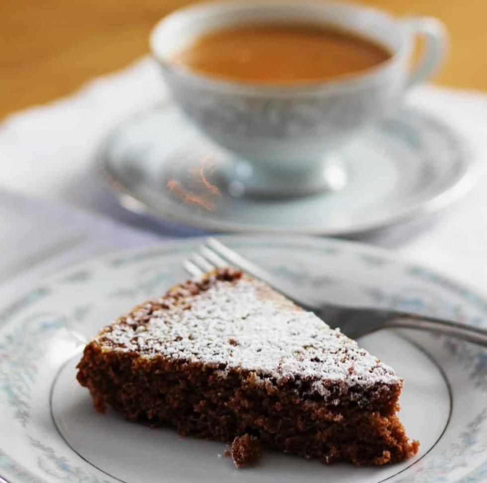 Swedish Dark Cake | Svensk Mork Kaka