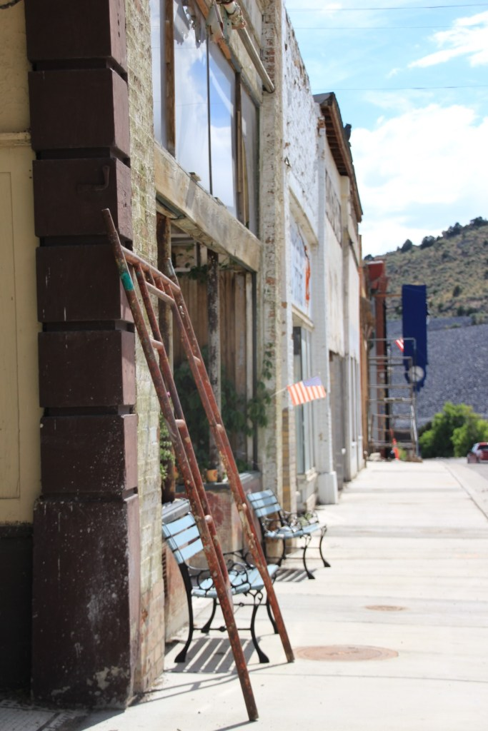 Girls Trip To A Utah Ghost Town