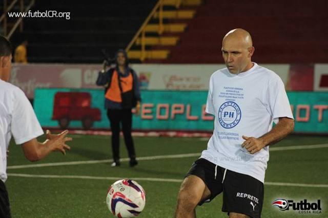 Luis Marín durante la despedida de Cristian Oviedo
