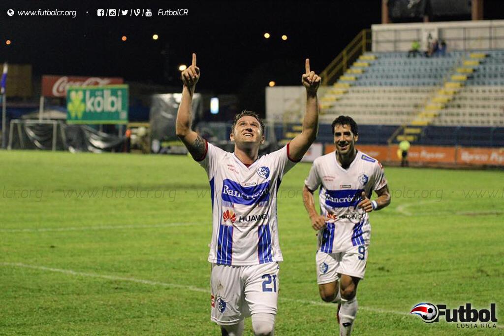 Por mucho tiempo los generaleños no se les olvidará el nombre de Mauricio Castillo, fue el verdugo de la noche. Foto: Futbol Costa Rica