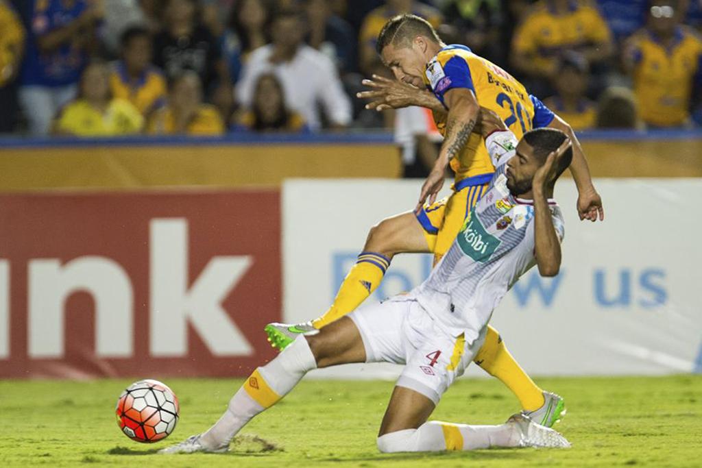 Debido a las ausencias de Oscar Esteban Granados y Jonathan Hansen, Herediano aplicó otro sistema de juego que le salió caro. Foto: Mexsport - CONCACAF
