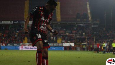 Photo of Alajuelense venció a un San Carlos con 10… 9…