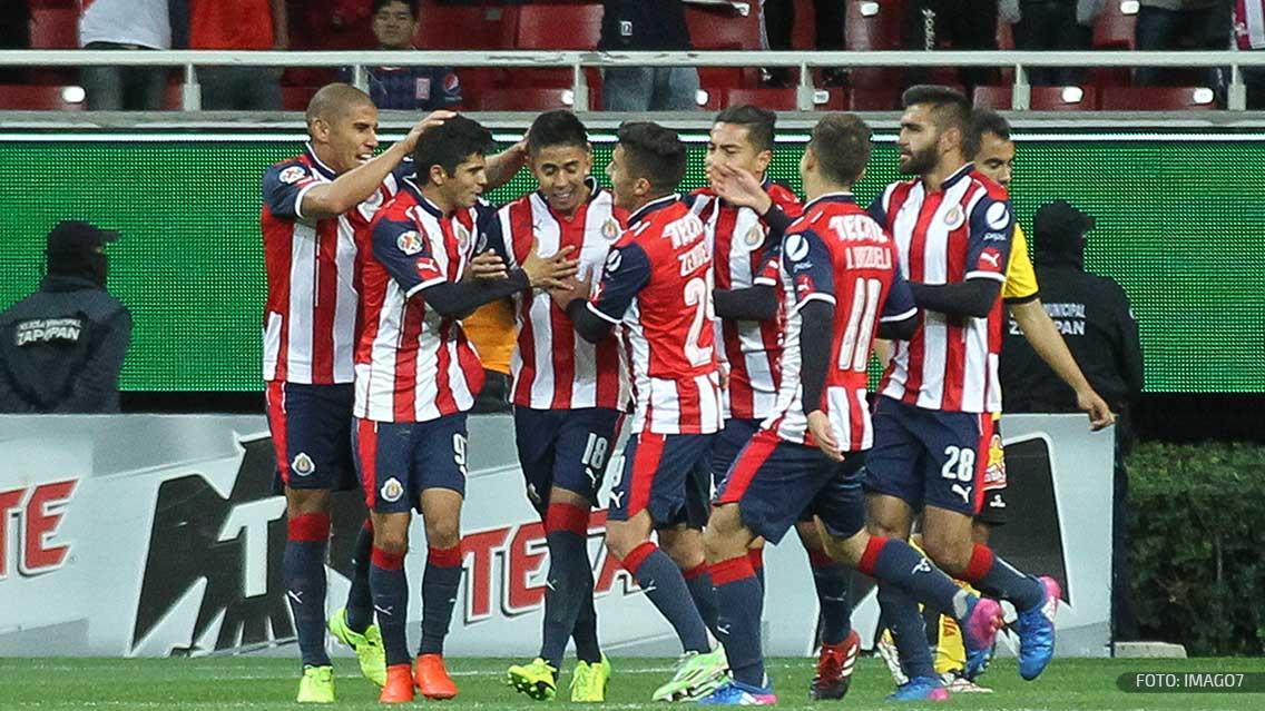 Por 45 minutos brillantes de Chivas, Atlas sufre primera derrota en casa