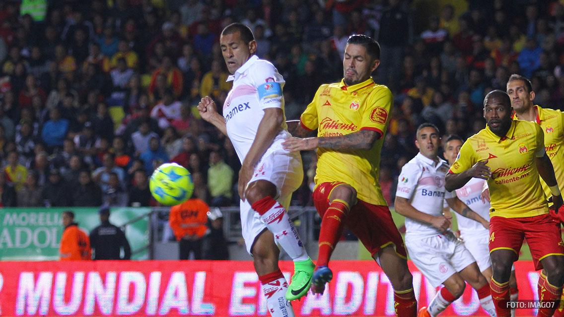 Monarcas vence a Toluca en penales y pasa a cuartos de final