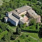 Letta va in ritiro in Monastero per conoscere i Mi(ni)steri del suo governo