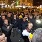 Rivolta sociale: il popolo si muove, la politica no