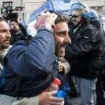 Ast, tensioni a Roma: due operai in ospedale