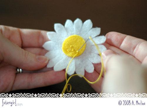 daisy 13 - Tutorial Margaridas em feltro