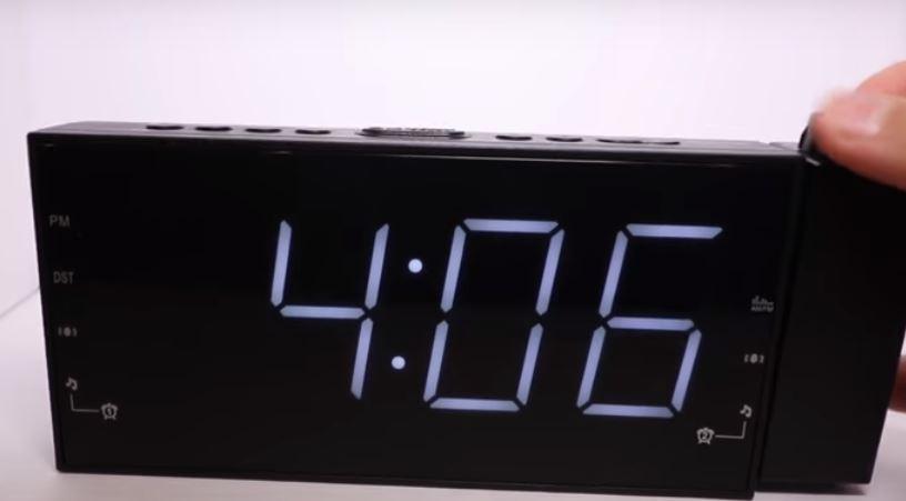 projection-clocks