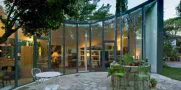 Casa Alijibe A Curved Contemporary Home In Spain 5