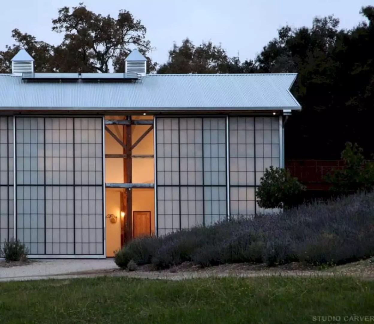 Santa Ynez Barn: A Large Barn With Translucent Structural