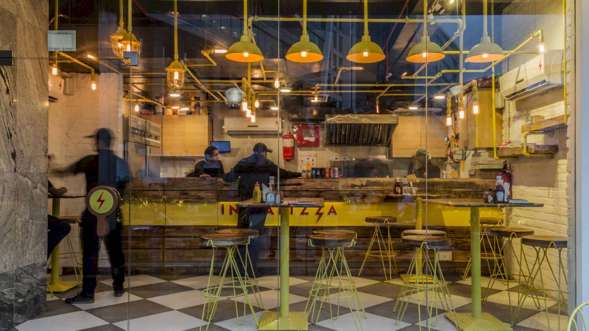 The Instapizza II: A New Branch with An Industrial Interior Design and Interesting Lighting