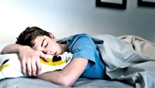 Study Finds American Teens Are Doing Better With More Sleep and Family Time Despite Stress of Coronavirus Pandemic