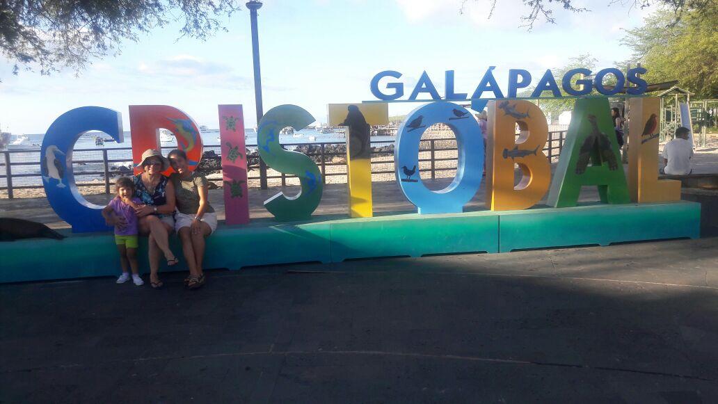 FUVIDA en Galápagos, apoyando a la única joven con diabetes tipo1 de la Isla.