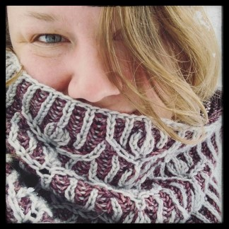 Displaying finished Winter Hill Cowl in colorways 'Silvery' and 'Mauve on the rocks'