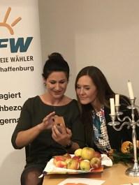 Jutta Herzog und Maili Wagner
