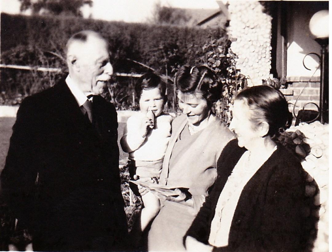 FWB-grandson-daughter-Stella 1952