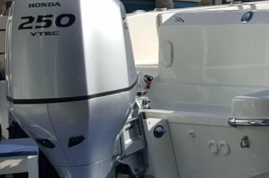 Ouboard Power Lift: Video Gallery