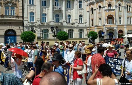 Protest against FX Loans in Novi Sad (Serbia)