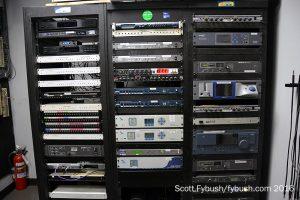 Saga rack room