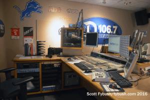 WDTW-FM studio