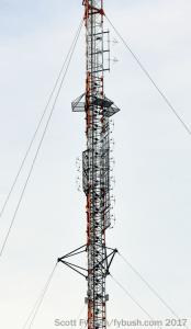 CFPL-FM antenna