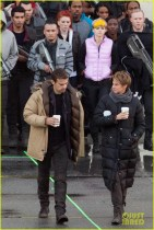 shailene-woodley-theo-james-are-back-to-work-on-insurgent-19