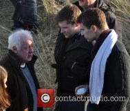 jim-sheridan-jack-reynor-theo-james-rooney-mara-onset-of_4548057