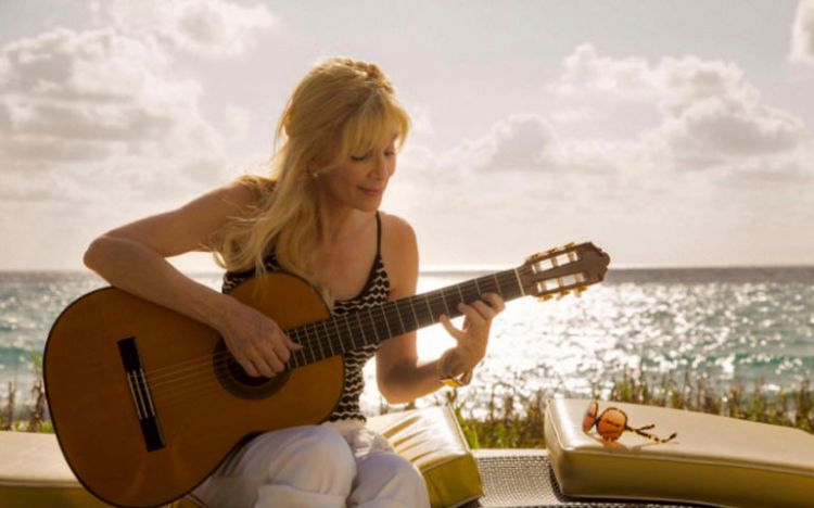 Liona Boyd Speaks Out Against Sexual Predators | FYIMusicNews