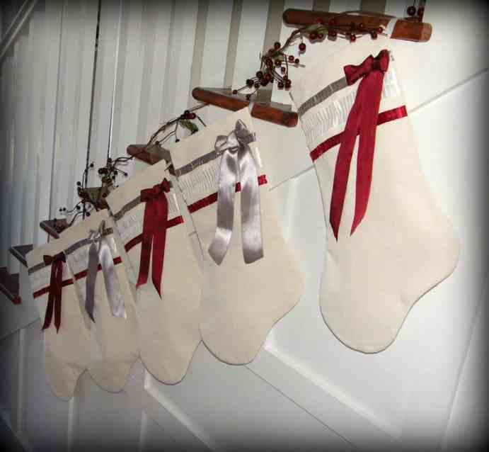 May Arts ribbon stockings