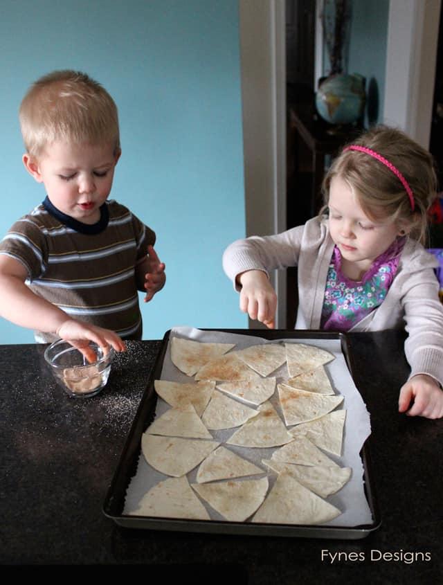 toddler-kitchen-help