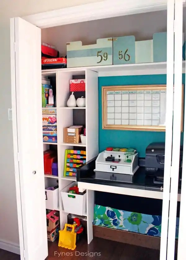 closet-computer-station
