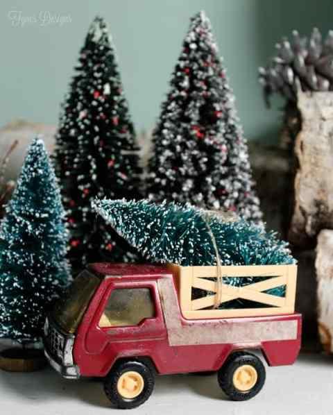 Vintage Christmas Tree truck