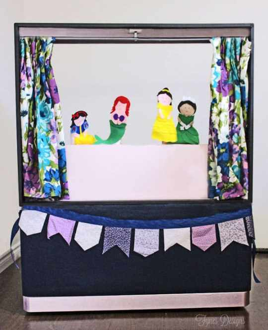 DIY puppet show theatre from an old Big screen TV via fynesdesigns.com