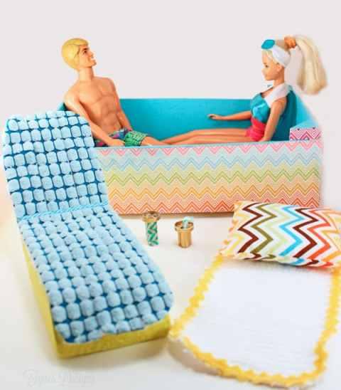Barbie furniture from garbage! #barbie #upcycle #barbiefurniture #barbiehouse #barbiepool