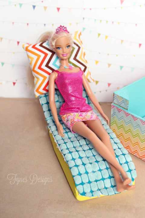 Barbie lounger made from a scrap of 2 x 4 Enter to WIN two Barbies!! #barbie #barbiefurniture #barbiepool