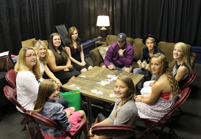 Uno game with Cody Simpson #UNOAnytime