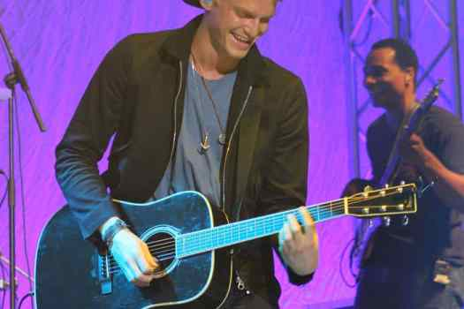 Cody Simpson in concert #UNO Anytime