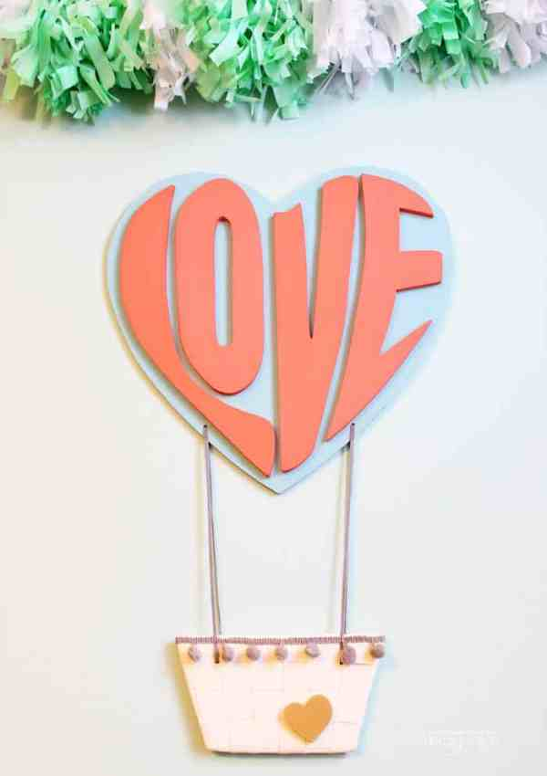 Love Hot Air Balloon Decoration